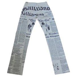 John Galliano-Emblématique jean Galliano état neuf-Noir