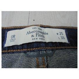 Abercrombie & Fitch-Jean Abercombie & fitch model flare très bonne état général-Bleu
