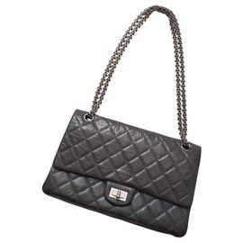 3bd6c14657f1 Chanel-Chanel 2.55 Reissue 50Sac à main gris anniversaire 226.