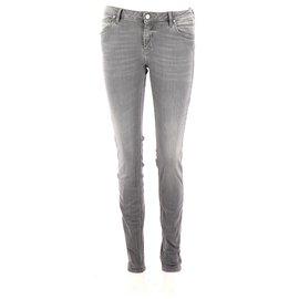 Reiko-Jeans-Gris