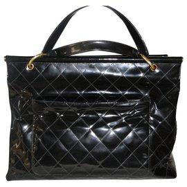Chanel-A SAISIR SUPERBE AFFAIRE UN  CHANEL  XXL vintage en très bon etat-Noir