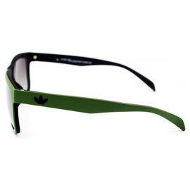 Adidas-Des lunettes de soleil-Vert