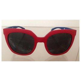 Adidas-Des lunettes de soleil-Rouge