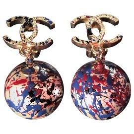 """Chanel-Magnifiques Boucles d'oreilles Chanel""""Dormeuses""""-Multicolore"""