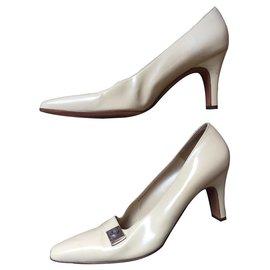 Salvatore Ferragamo-chaussures salvatore-Beige