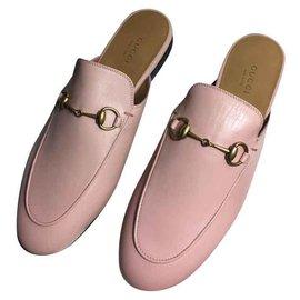 Gucci-GUCCI Pantoufle en cuir Princetown MULES NOUVEAU 100%-Rose