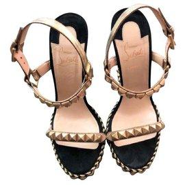 Christian Louboutin-Christian Louboutin Studded Wegdes Sandals EU38-Black,Golden