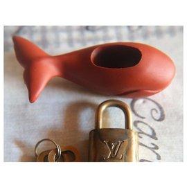 Louis Vuitton-cadenas baleine-Rouge