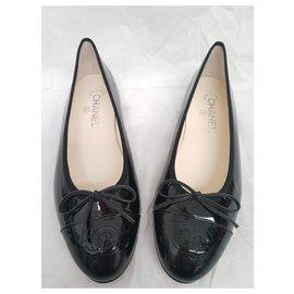 Chanel-Ballerines-Noir