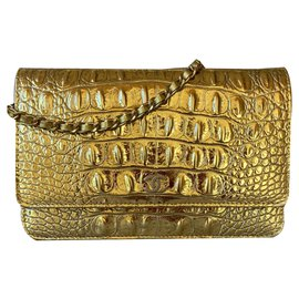 Chanel-Metallic Crocodile Embossed Gold WOC-Golden