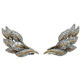 """inconnue-Boucles d'oreilles """"Feuilles"""" en platine or jaune et diamants.-Autre"""