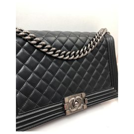 Chanel-Boy-Black