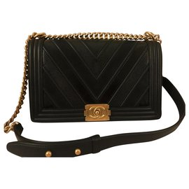 Chanel-Chanel chevron boy bag-Black