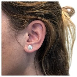 inconnue-Puces d'oreilles en or blanc, diamants.-Autre