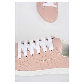 Prada-chaussures pour femmes-Rose