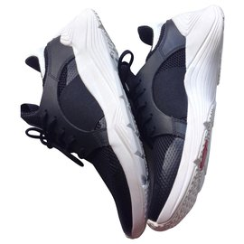 Mcq-McQ Alexander McQueen Baskets basses pour Gishiki-Noir,Blanc