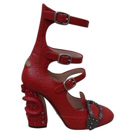 Gucci-Talons-Rouge