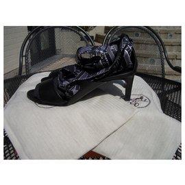 Hermès-twisted sandals-Black