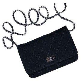 Chanel-Matériel WOC Black Silver-Noir