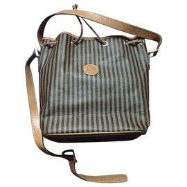 a651f3954 Second hand Fendi Bags - Joli Closet