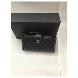 Chanel-Etui de téléphone portefeuille-Noir