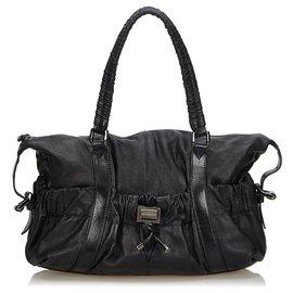 Burberry-Burberry Black Leather Shoulder Bag-Black