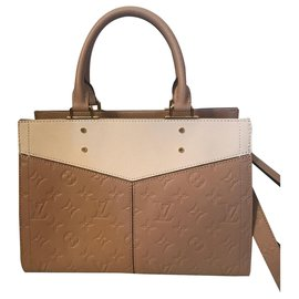 Louis Vuitton-Louis Vuitton superbe sac Sully en cuir monogram empreinte-Autre