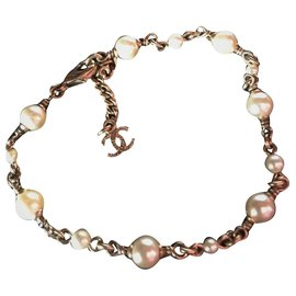 Chanel-Beautiful Chanel Bracelet in gold metal with 13 Pearls of 5 mm and 3 mm diameter-Eggshell