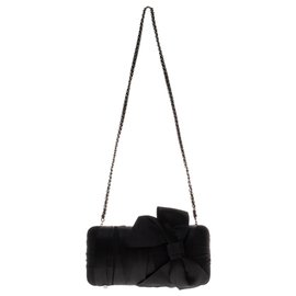 Chanel-Beautiful evening pouch Chanel black tulle and silk in very good condition!-Black