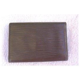 Louis Vuitton-Porte clés en cuir épi marron-Marron