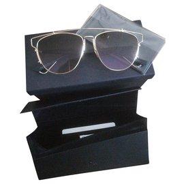 Dior-Des lunettes de soleil-Marron,Doré