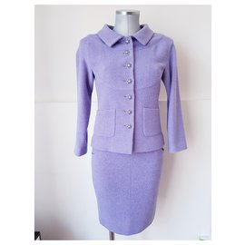 Chanel-tweed-Lavender