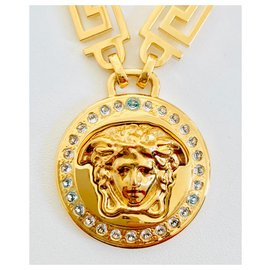 Versace-Medusa pedant-Golden
