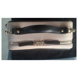 Chanel-GM Vanity-Beige