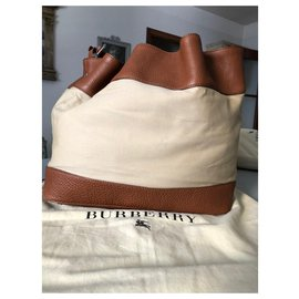Burberry-XL BUCKET BAG LEATHER AND COTTON CANVAS-Beige