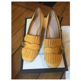 Gucci-Neue Gucci Marmont Pumps-Gelb