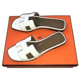 Hermès-Slip onHermes Oran-White