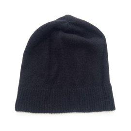 Uniqlo-Chapeaux-Noir