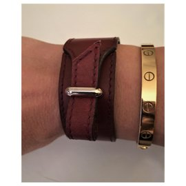 "Hermès-Hermès ""Artémis"" bracelet in gold plated 18 ct and calf leather-Dark red"