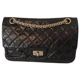 Chanel-Reissue-Noir
