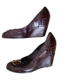Fendi-chaussures compense Fendi-Marron