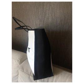 Chanel-Sacs à dos-Blanc cassé