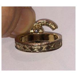 Chanel-Chanel CC logo-Golden