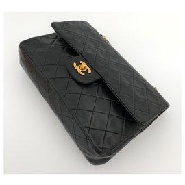 Chanel-TIMELESS 25 cm. black leather vintage-Black