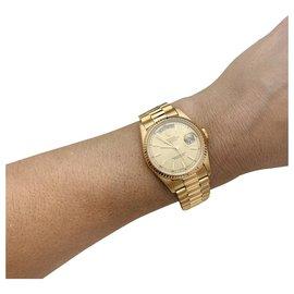 """Rolex-Montre Rolex """"Day-Date"""" en or jaune sur bracelet président en or jaune.-Autre"""