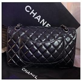 Chanel-Sac à rabat classique en cuir de veau moyen glacé Chanel noir-Noir