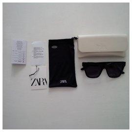 Zara-Sunglasses-Black
