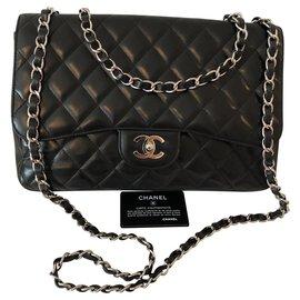 Chanel-Jumbo-Black