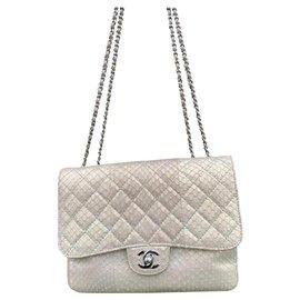 Chanel-Classique-Doré