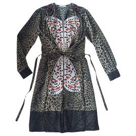 Givenchy-Dresses-Leopard print